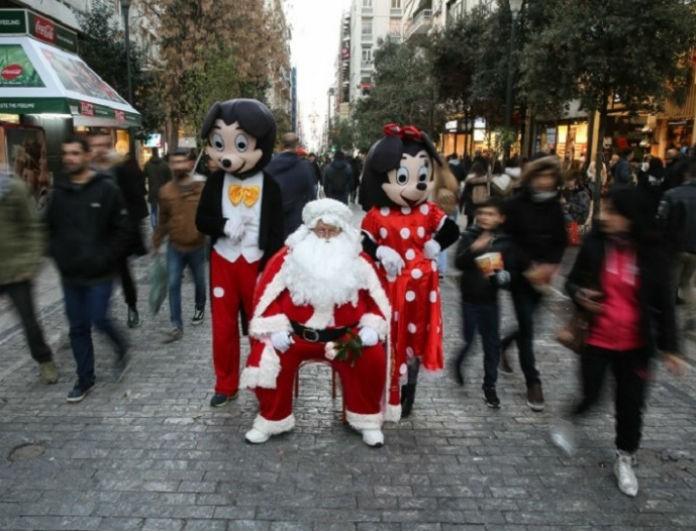 Σε εορταστικό κλίμα η αγορά στην Αθήνα! - Γέμισε κόσμο η Ερμού για τα ψώνια της τελευταίας στιγμής!