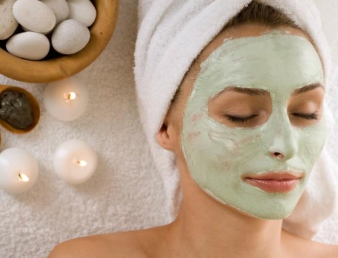 7+ Σήμερα: Homemade μάσκα προσώπου με άρωμα Χριστουγέννων και υλικά που έχετε στην κουζίνα σας!