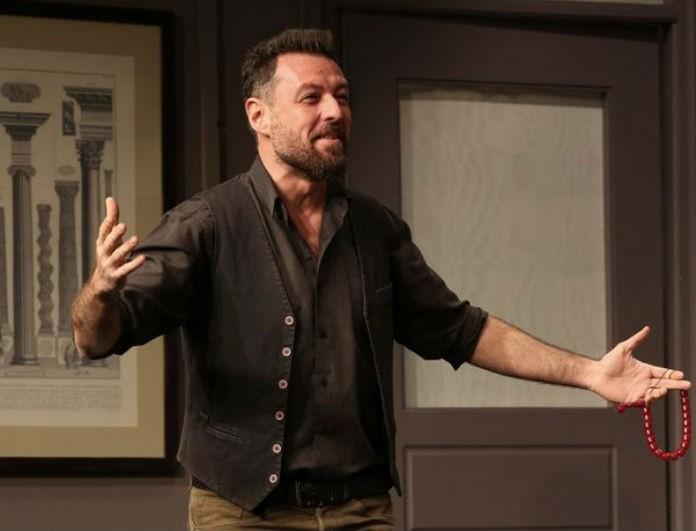 Μάνος Παπαγιάννης: Αυτό είναι το πρόσωπο που παίρνει την θέση του στην παράσταση με την Σοφία Παυλίδου!