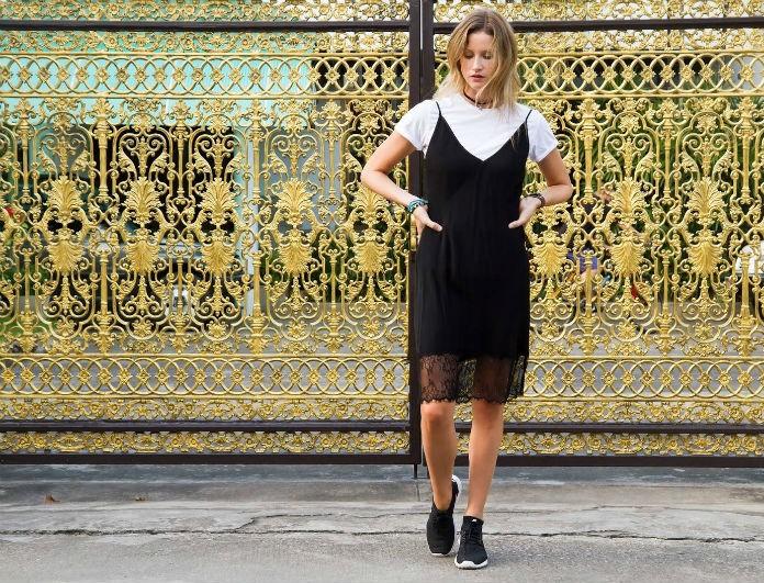 To slip dress είναι τάση για δεύτερη συνεχόμενη χρονιά! Εκπτωτικά κομμάτια για να δημιουργήσεις ένα απίστευτο look