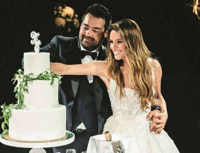 Ελένη Τσολάκη: Το γλυκό φιλί με τον σύζυγό της και η φωτογραφία που ξετρέλανε το διαδίκτυο!