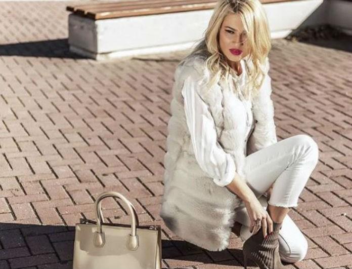 Η Φαίη Σκορδά φόρεσε γαλότσες με τον πιο σικάτο τρόπο! Πώς να αντιγράψεις το λουκ της!