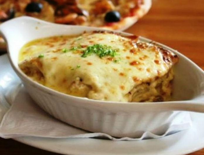 Λαζάνια με τέσσερα τυριά: Είναι εύκολη, πεντανόστιμη και σίγουρα δεν θα φας μόνο ένα πιάτο!