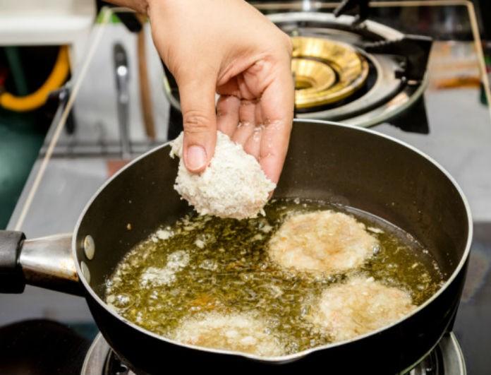 Αυτός είναι ο πιο εύκολος τρόπος για να διώξετε τη μυρωδιά από το τηγάνισμα στο σπίτι σε λιγα μόλις λεπτά!