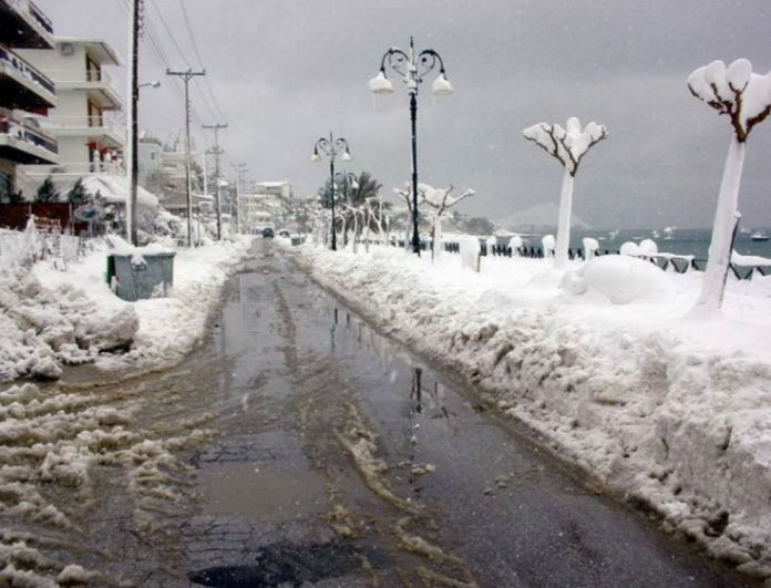 Ραγδαία και επικίνδυνη αλλαγή του καιρού με ισχυρές χιονοπτώσεις! Τι καιρό θα κάνει την Καθαρά Δευτέρα; (video)
