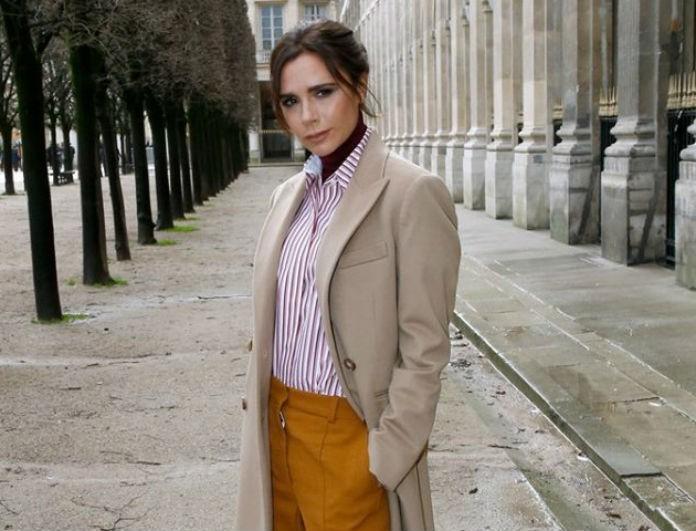 Η Victoria Beckham φόρεσε την τάση της σεζόν! Το πουκάμισο που πρέπει να αποκτήσεις!