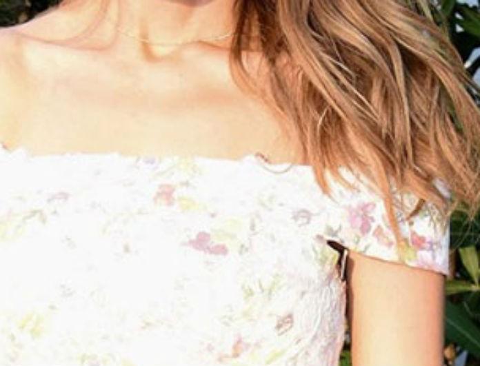 Υιοθετεί παιδί πασίγνωστη Ελληνίδα τραγουδίστρια! Ποια είναι; (Βίντεο)