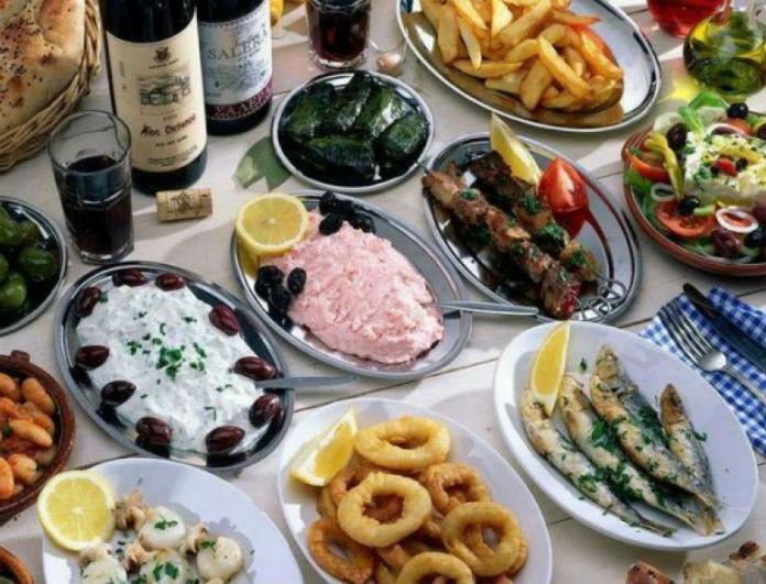 Διατροφή την Καθαρά Δευτέρα! Τι να ΜΗΝ φας για να μην είσαι φουσκωμένη τις υπόλοιπες ημέρες!