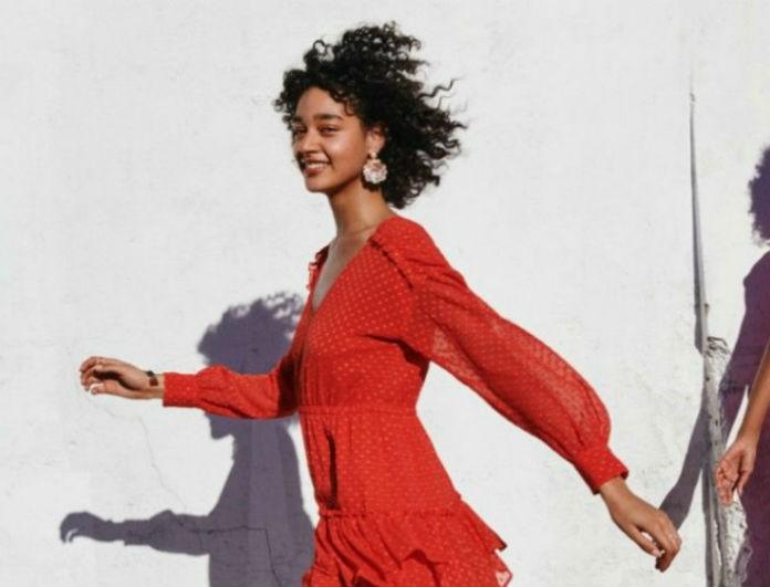 Tα H&M λανσάρουν το πιο υπέροχο φόρεμα για του Αγίου Βαλεντίνου! Μάλλον κορίτσια βρήκατε τι θα βάλετε!