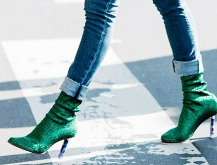 Sock boots: Υπέροχοι συνδυασμοί και fashion tips για να τις φορέσετε