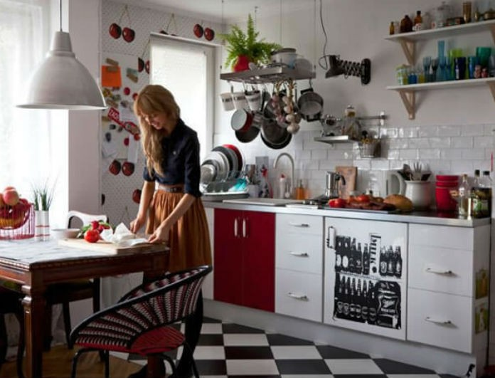 Έχεις μικρή κουζίνα; 5+1 τρόποι για να αξιοποιήσεις κάθε σημείο! (Video)