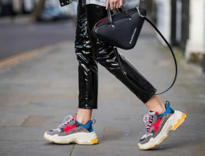 «Dad Shoes»: Η νέα τάση που έχει διχάσει τις fashionistas! Όλα όσα πρέπει να ξέρεις..