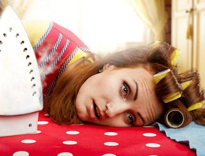Γυμνάσου έξυπνα: Δες πόσες θερμίδες καις με το καθάρισμα, το ξεσκόνισμα και το σκούπισμα!