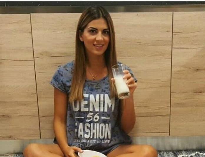 Η Σταματίνα Τσιμτσιλή γράφει: Η συνταγή μου για ελαφρύ smoothie με μπανάνες και φράουλα! Το ρόφημα που θα σας γεμίσει ενέργεια χωρίς τύψεις!