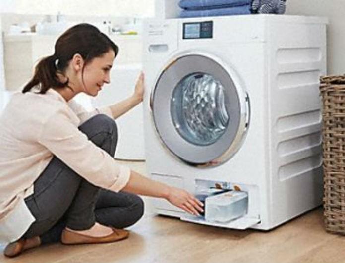 Κάντε το πλυντήριο σας να λάμπει και να μυρίζει υπέροχα με αυτόν τον τρόπο. Πανέξυπνο;