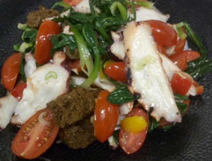Συνταγή: Νηστίσιμη σαλάτα με χταπόδι, σταμναγκάθι και τοματίνια! Κάτι διαφορετικό από τα συνηθισμένα!