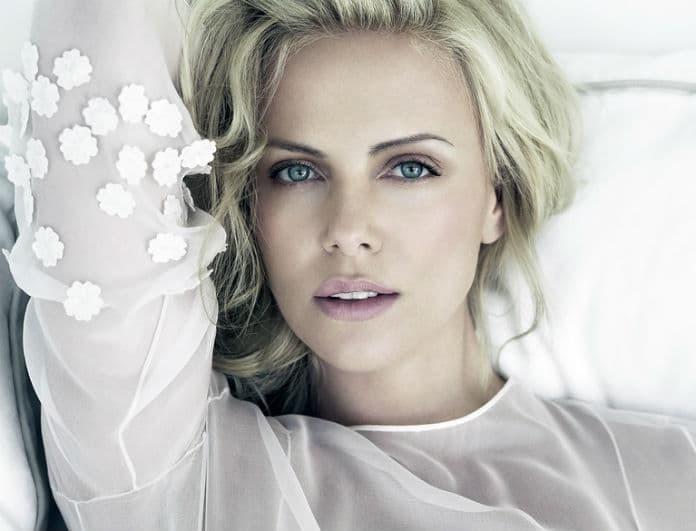 Total white Look! Πως θα αντιγράψεις οικονομικά το total white look της Charlize Theron!