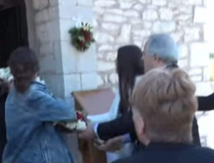 Απίστευο κι όμως αληθινό! Παραλίγο ... ξεμάλλιασμα για την εικόνα του Αγ. Γεωργιού! (Βίντεο)