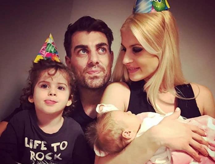 Ξετρελαθήκαμε! Η φωτογραφία του Στέλιου Χανταμπάκη με τη γυναίκα του και τα παιδιά του που αποδεικνύει ότι είναι η πιο αγαπημένη οικογένεια!