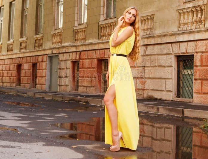Αυτό είναι το μοναδικό φόρεμα που πρέπει να έχεις φέτος στην ντουλάπα σου 975ef9e0ed7