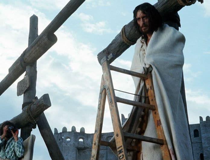 Στα παρασκήνια του «Ιησού από τη Ναζαρέτ»: Όλα όσα συνέβησαν πίσω από τις κάμερες της πιο πολυσυζητημένης σειράς του Πάσχα (Photos)