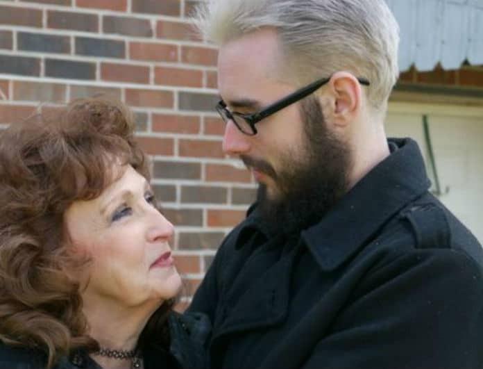 «Είμαι ερωτευμένος με την 72χρονη σύντροφό μου»! Αποκαλύπτει ο 19χρονος!