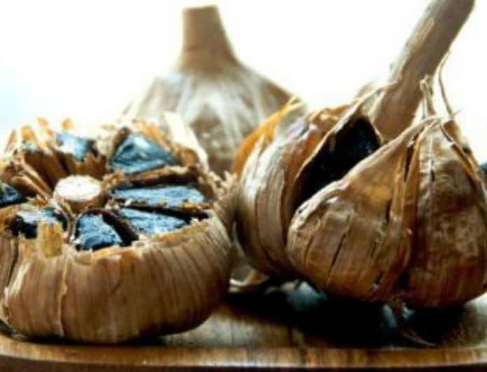 Μαύρο σκόρδο: Ένας «θησαυρός» με πολλαπλά οφέλη! Οι ιδιότητες του superfood για τον οργανισμό μας!