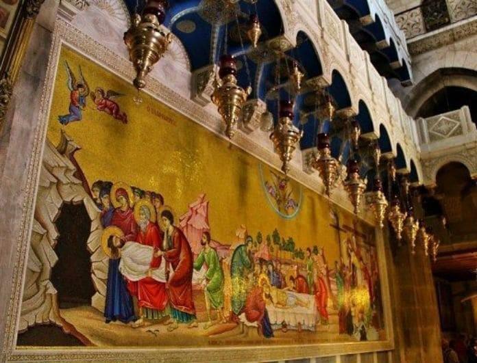 Μάτωσε η πλάκα της Αγίας Αποκαθήλωσης στα Ιεροσόλυμα! To θαύμα που καθήλωσε τους πιστούς!