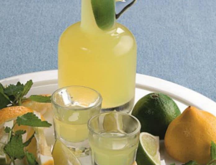 Σπιτικό λικέρ: Φτιάξε απίθανο λεμοντσέλο! Η συνταγή που θα αγαπήσουν οι φίλοι σας!