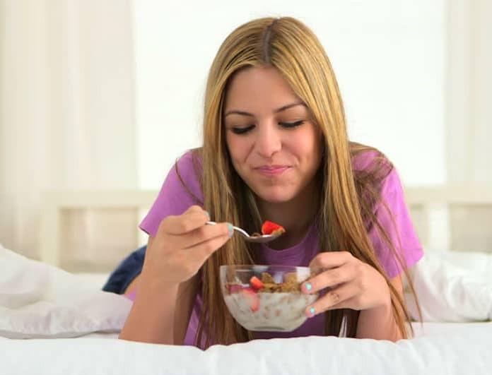 Δείτε τι θα συμβεί στο σώμα σας εάν αρχίσετε να τρώτε βρώμη κάθε μέρα!