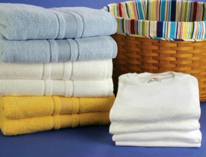 Νοικοκυρές δώστε βάση: Αυτά είναι τα ρούχα που δεν πρέπει να πλένονται με μαλακτικό!