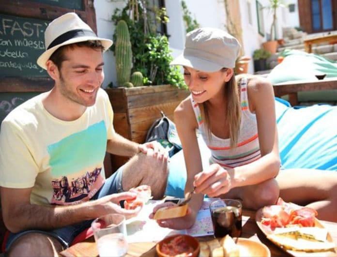 Το ελληνικό φαγητό που προτιμούν οι τουρίστες! Κι όμως... δεν είναι ο μουσακάς!