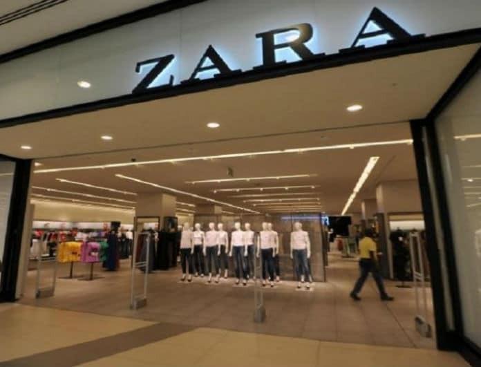 Shop it! Το denim φόρεμα από τα Zara που δεν πρέπει να λείπει από την γκαρνταρόμπα σου!