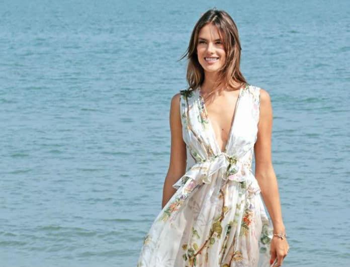 Υιοθέτησε το άκρως καλοκαιρινό στυλ της Alessandra Ambrosio! H Fasion editor του Youweekly.gr σου βρήκε τα ιδανικά κομμάτια...