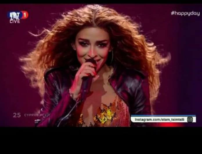 Eurovision 2018: Δεν φαντάζεστε πόσες ώρες χρειάστηκαν για να ραφτεί η φόρμα της Φουρέιρα! (Βίντεο)
