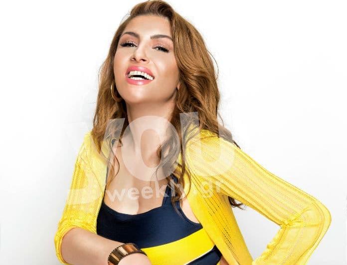 Έλενα Παπαρίζου: Το κορμί της με μαγιό και οι καμπύλες της που κλέβουν τις εντυπώσεις! Δεν θέλει ρετούς...