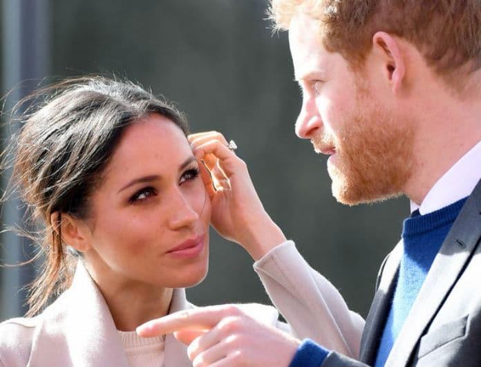 Βασιλικός γάμος: Το πρώτο φιλί του Πρίγκιπα Χάρι και της Μέγκαν Μαρκλ! (Βίντεο)