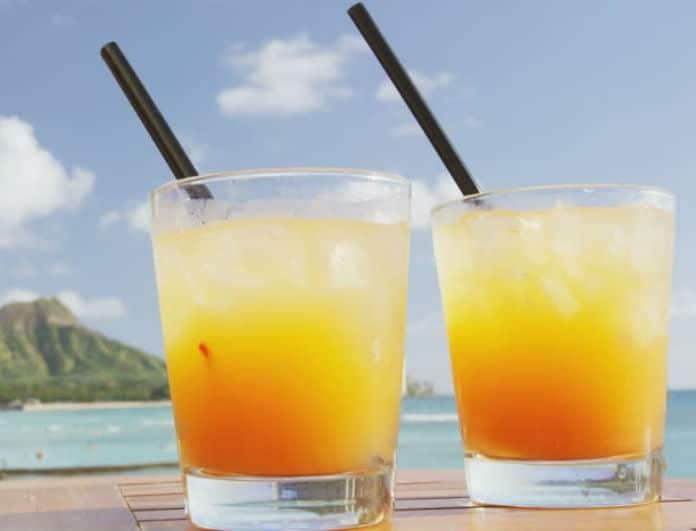 Ποια είναι τα πιο παχυντικά cocktails! Οι αμαρτωλές επιλογές που δεν πρέπει να κάνετε στο beach bar!