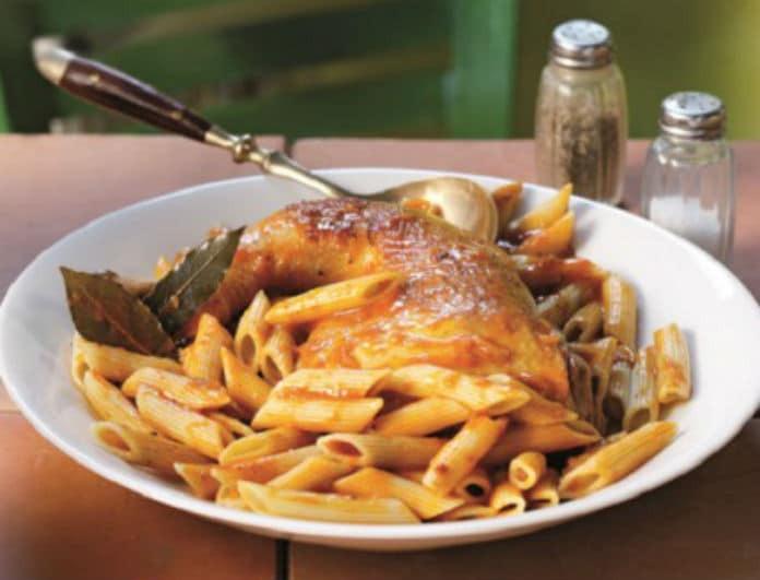 Κερκυραϊκή παστιτσάδα με πέννες! Η παραδοσιακή συνταγή που θα σε ξετρελάνει!