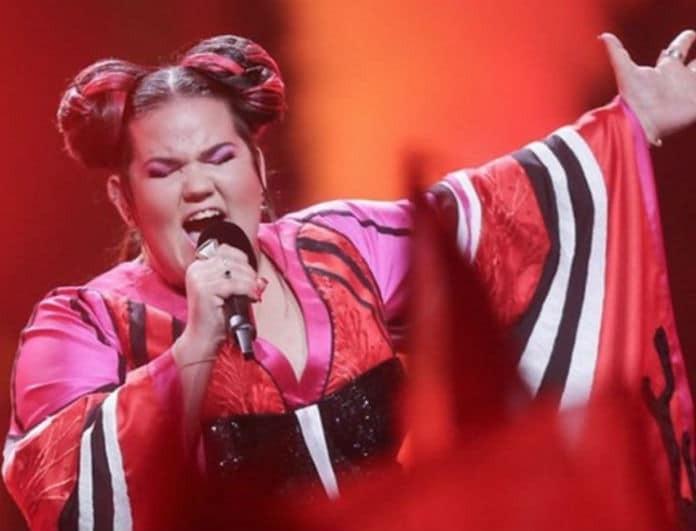 Το είδαμε κι αυτό στην Eurovision! Η Νέτα από το Ισραήλ συνάντησε την σωσία της!