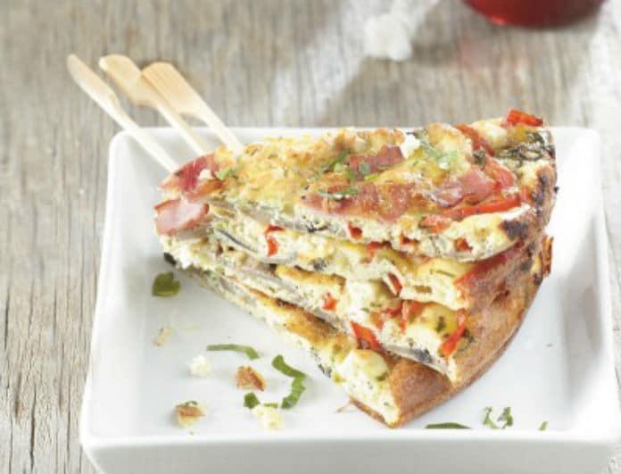 Φαγητό έτοιμο σε χρόνο dt! Ομελέτα φούρνου σαν πίτσα με μανιτάρια-πιπεριές- ζαμπόν και φέτα!