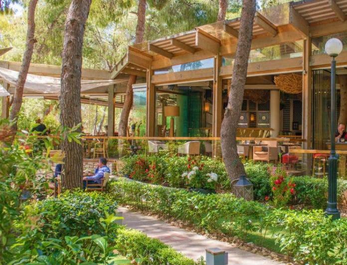 Αθήνα: 7 υπέροχα μαγαζιά με κήπους και «μυστικές» αυλές για να απολαύσεις τον καφέ σου! (photos)