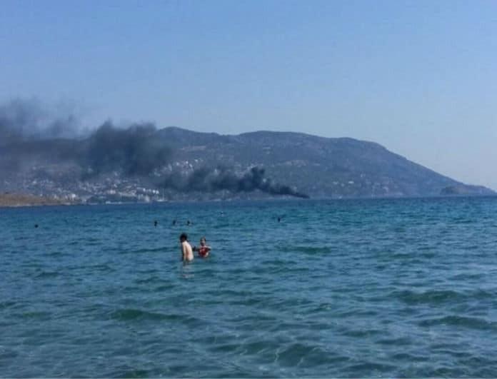 Θρίλερ στο Πόρτο Ράφτη: Πυρκαγιά σε σκάφος με 4 επιβαίνοντες! (photos)