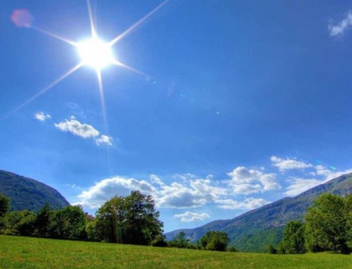 Καιρός: Αίθριος σήμερα, Κυριακή! Στους 34 βαθμούς ο υδράργυρος...