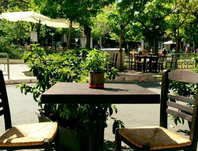 Πλατεία Αγίου Γεωργίου: Τα μαγαζιά – αριστουργήματα στην πιο καλοκαιρινή πλατεία της Αθήνας!