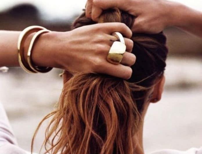 Σπάνε οι άκρες των μαλλιών σου; 3 tips για να το αποφύγεις!