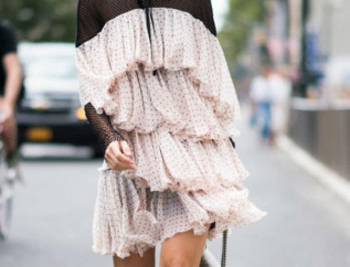 Βάλε μια ρομαντική πινελιά στην εμφάνιση σου! Πως θα φορέσεις τα ruffles  σωστά! - FASHION NEWS - YOU WEEKLY 9257254fb6d