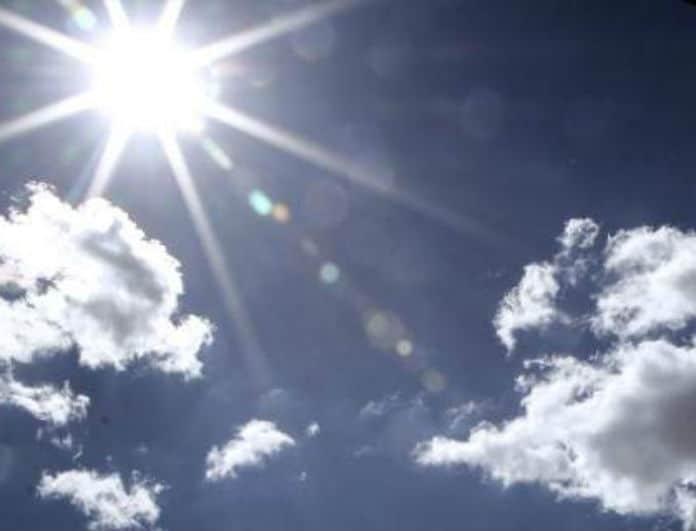 Καιρός: Στους 32 βαθμούς το θερμόμετρο! Πού θα βρέξει το απόγευμα...