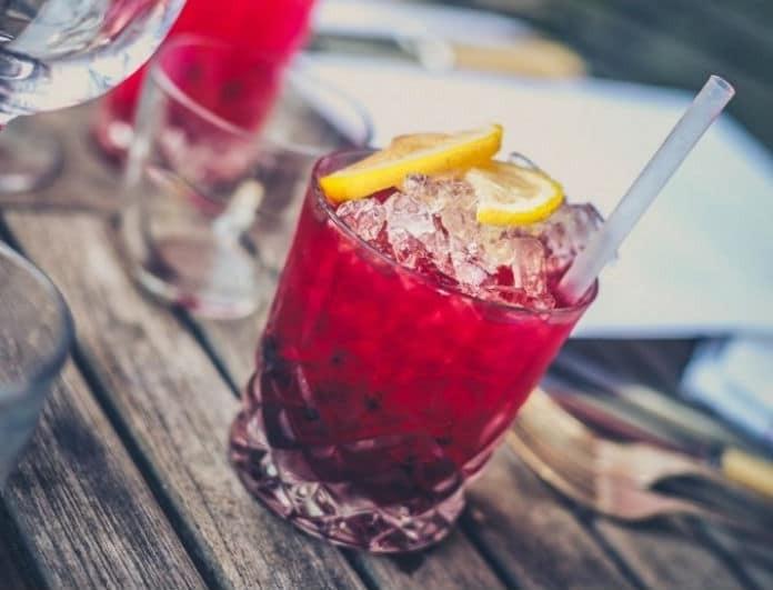 Αυτά είναι τα αλκοολούχα ποτά που αδυνατίζουν! Τι να παραγγείλεις στο beach bar!