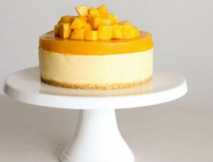 Το πιο λαχταριστό και δροσερό cheesecake με mango! (Βίντεο)